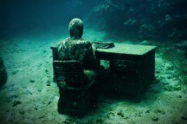 the lost correspondent jason decaires taylor sculpture